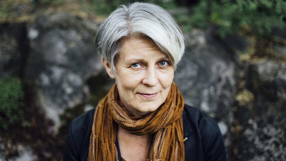 Kuvassa henkilö Tuija Kokkonen
