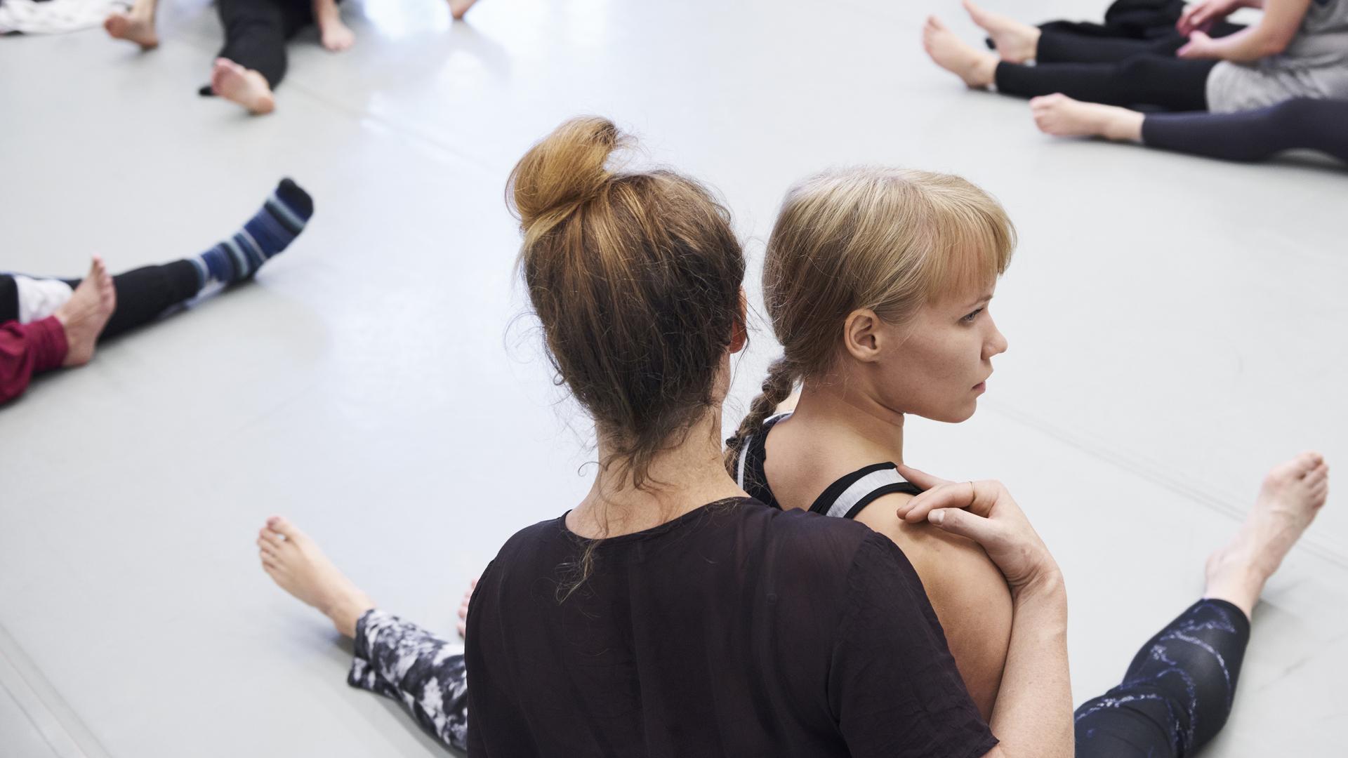 Tanssijoita harjoituksissa. Kuva: Veikko Kähkönen