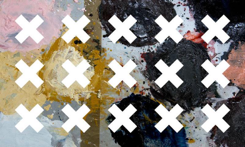 Taideyliopiston X-logoja värikkäällä pohjalla