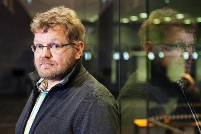 FT, kulttuurisen musiikintutkimuksen professori Antti-Ville Kärjä