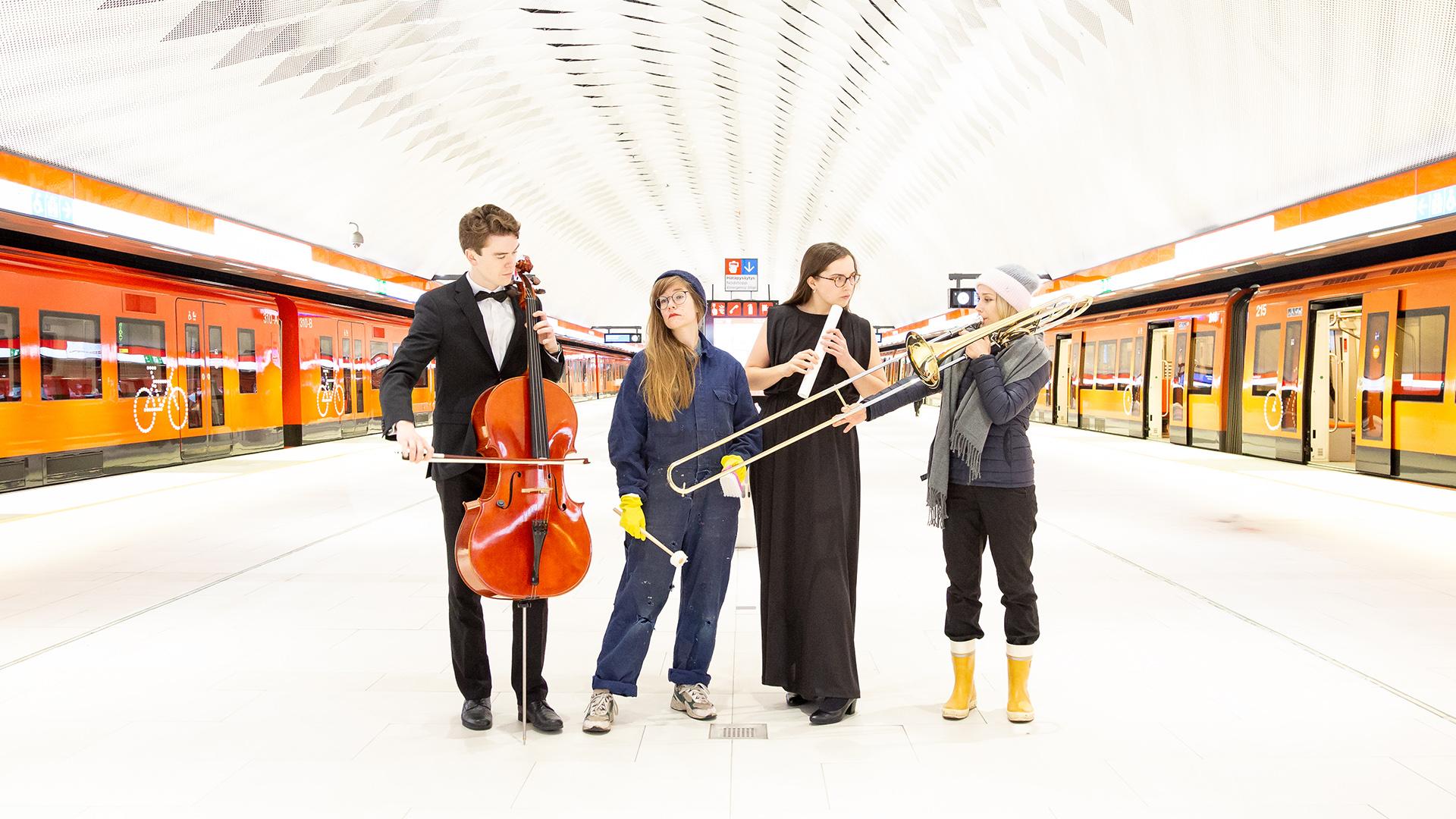 Muusikoita metrolaiturilla