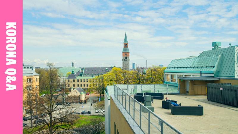 Maisemakuva Helsingistä kattoterassilta vinjetillä Korona Q&A