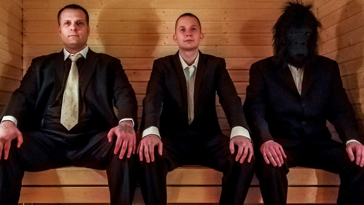 Kolme vankilateatteriproduktion näyttelijää