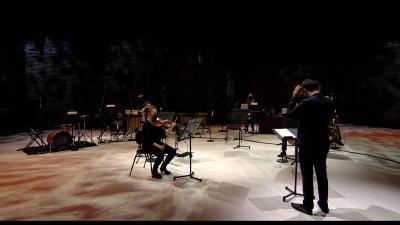 Kuvassa muusikoita Utelias tila -konsertissa huhtikuussa 2021