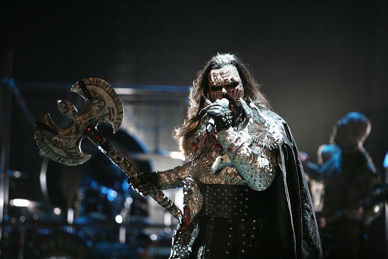 Lordi esiintyy vuoden 2007 Euroviisuissa.